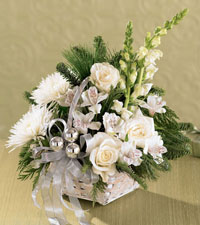 FTD's Snowy Morning Bouquet