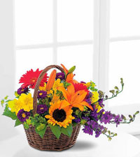 Teleflora's Basket of Blooms