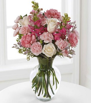 FTD's Love In Bloom Bouquet